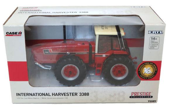 International 3388 2+2 - National Farm Toy Museum