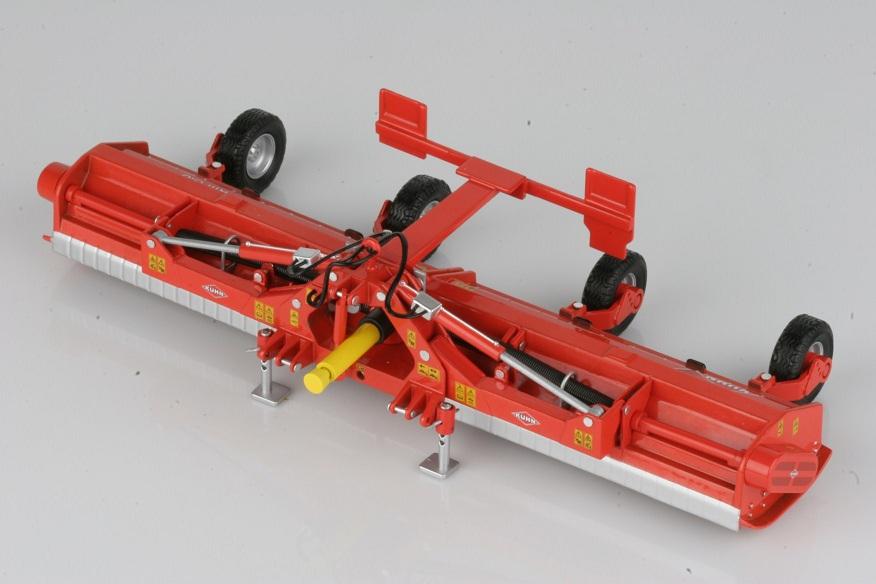 Kuhn RM610 Field Shredder