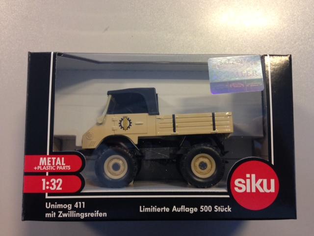 Unimog 411 Dubbellucht Creme Traktorado 2013 (10 stuks)