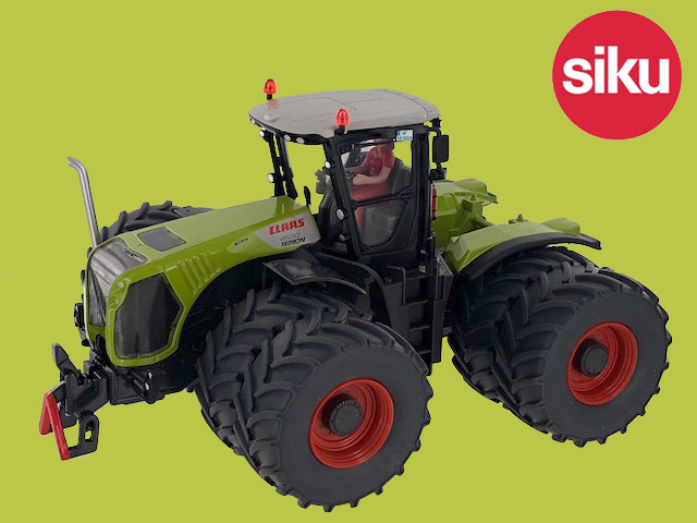 Claas Xerion 4500 met Dubbellucht - Limited edition