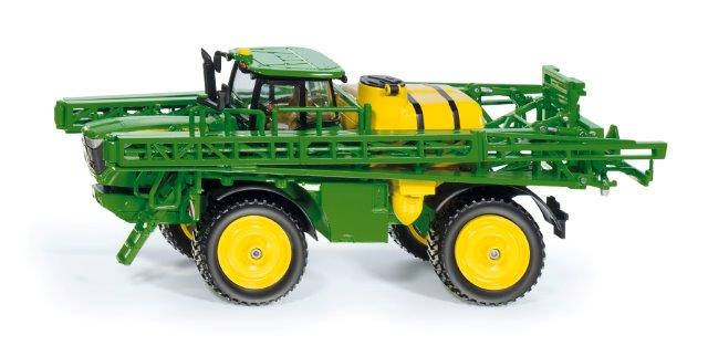 John Deere Crop Sprayer