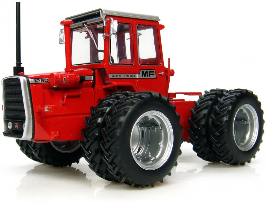 Massey Ferguson 1250 with Duals
