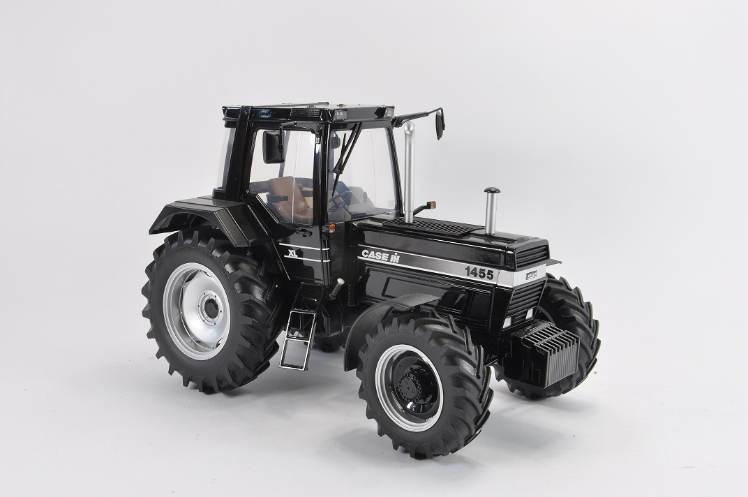 Case IH 1455 XL Black Edition - Limited Edition