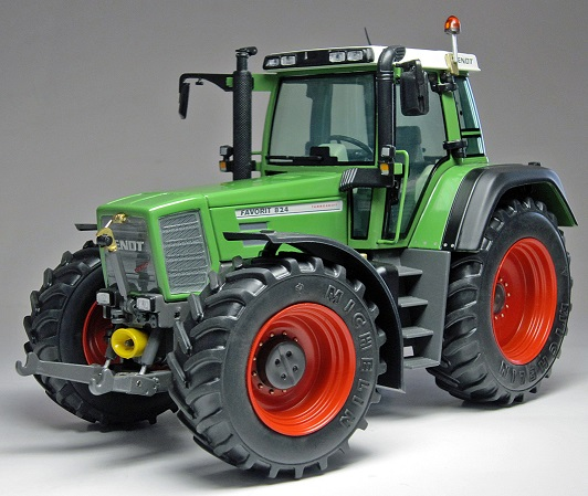 Fendt Favorit 824 (1996-2000)